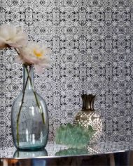 3-wallpaper-abstract-dark-dramatic-detail-table-vase-eminence-lucero-harlequin